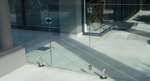 Glass-Gates