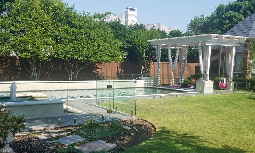 glass pool fence_safety-min